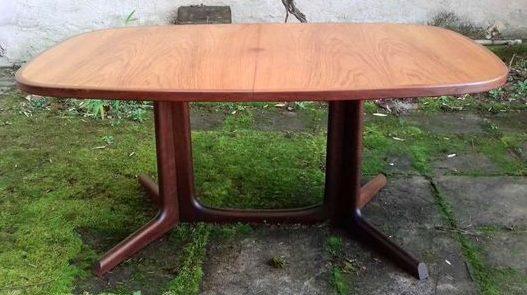 Table en palissandre Niels O Moller